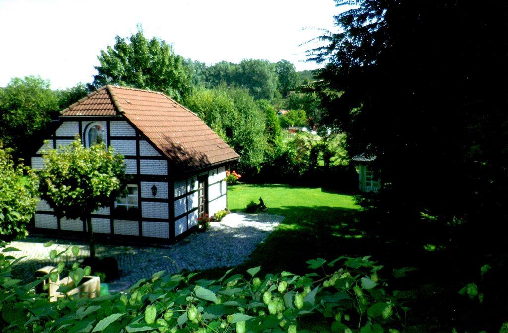 Das Museum Uehrde mit umliegendem Garten