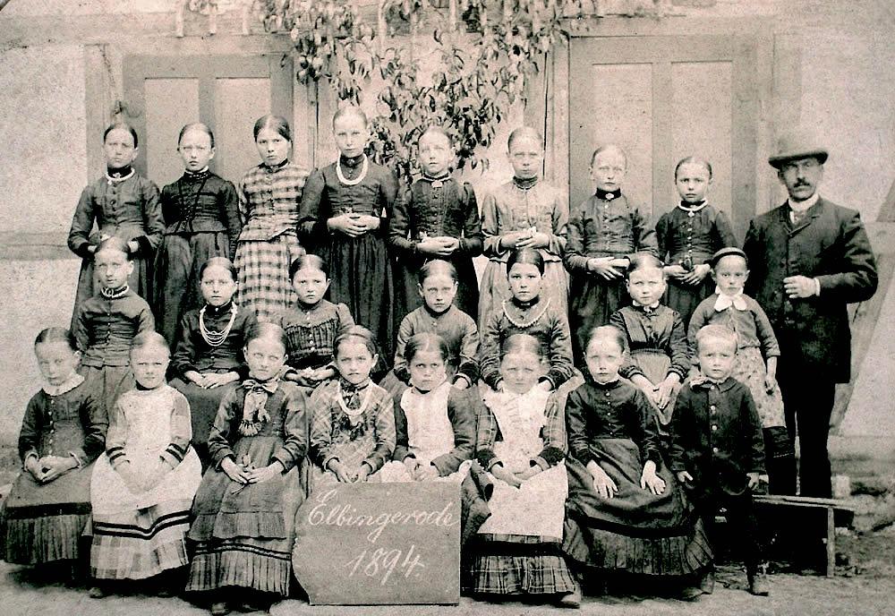 Mädchen aus Elbingerode 1894