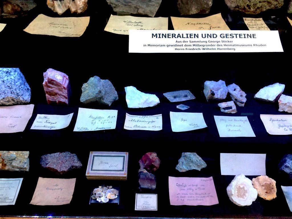 Minerale und Gesteine im Heimatmuseum Rhüden – Heimat.Museum.Südniedersachsen