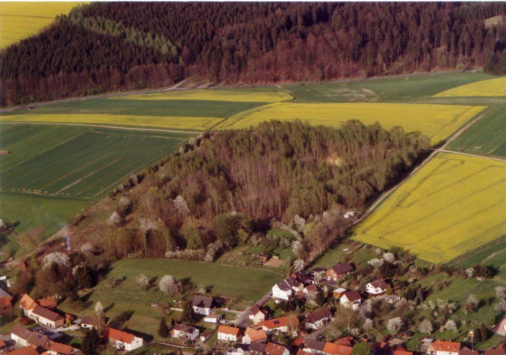 Das Geländer der Tongrube Willershausen – Heimat.Museum.Südniedersachsen