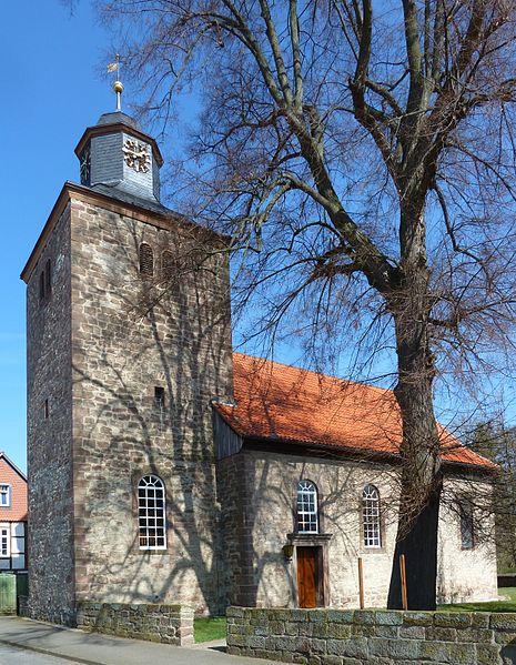 Aktuelles Bild der Michaeliskirche in Groß Schneen – Heimat.Museum.Südniedersachsen