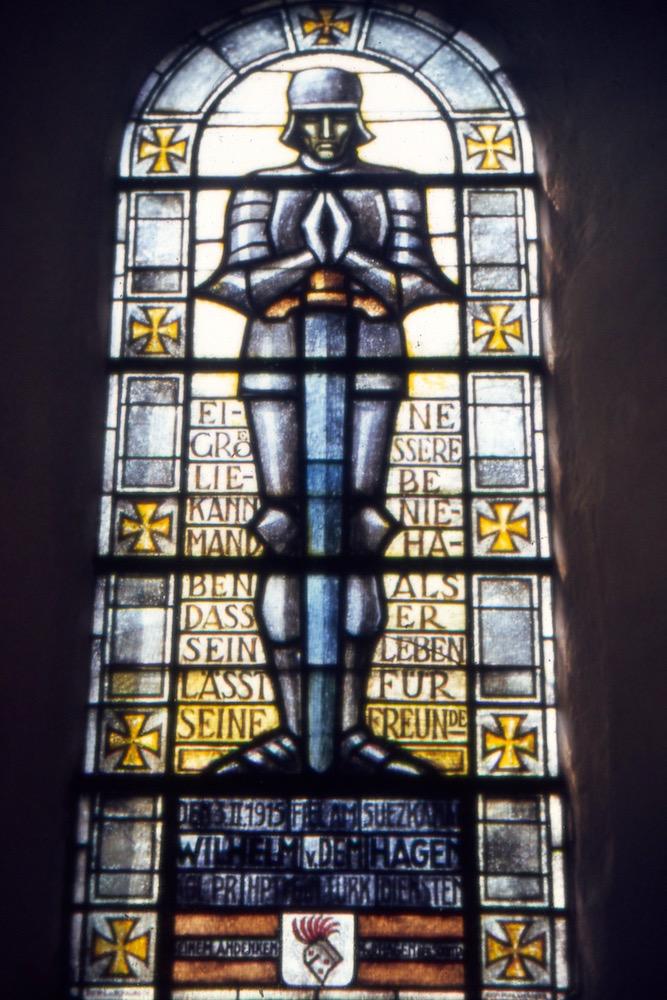 """Buntglasfenster """"Wilhelm von dem Hagen"""" in der St. Michaeliskirche, 1969"""